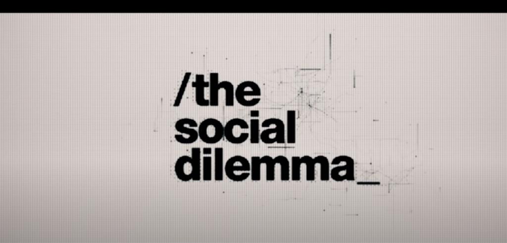 """Screenshot z zapowiedzi filmu """"The social dilemma"""" dostępne w serwisie Youtube.com"""